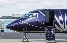 """""""KlasJet"""" stiuardesių mokymų dalyvės jaučiasi apgautos, įmonė tikina, kad jos nepraėjo atrankos"""