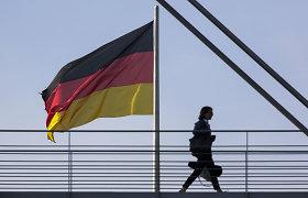 Vokietijos ekonomistai apkarpė BVP augimo šiemet prognozę iki 3,7 proc.