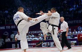 """Tris titulus pasaulio čempionate nuskynę karatė meistrai: """"Norėjome pasimėgauti kovomis"""""""
