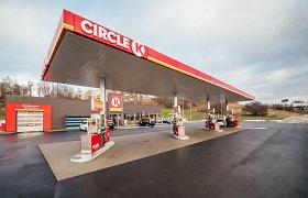 Pranešama apie pavojų Vilniaus degalinėje – veržiasi dujos