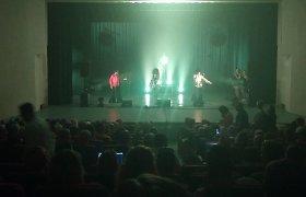 """Soliario įmonės organizuotas """"Boney M"""" koncertas virto cirku: vietoj grupės – apsišaukėliai"""