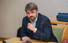 Konservatorius V.Urbonavičius gali netekti Vilniaus tarybos nario mandato: balsavo ne tik už save