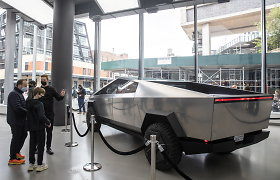 """Tesla"" pripažino: šiemet ""Cybertruck"" gamyba nebus pradėta"
