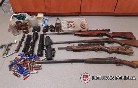 Trakų policija aptiko ginklų ir šaudmenų arsenalą