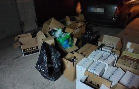 Pasienio žvalgybininkams teko aplankyti vieną sostinės garažą: slaptame krovinyje – ir IQOS