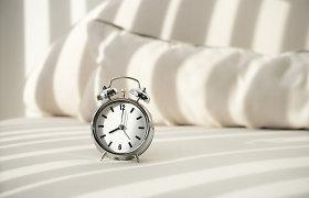 Laikrodžio persukimas: už ar prieš? Gydytojos neurologės komentaras