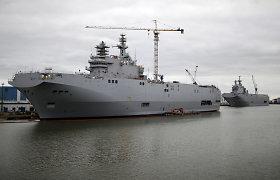 """Lenkijos gynybos ministras: Egiptas galimai pardavė Rusijai """"Mistral"""" laivus už 1 dolerį"""