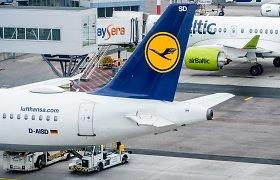 """""""Lufthansa"""" akcininkai patvirtino planą padidinti kapitalą 5,5 mlrd. eurų"""