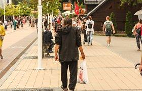 Benamių vasaros Palangoje: dėl kasdienio 50 eurų uždarbio sugrįžta kasmet