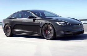 """""""Tesla Model S"""" ir """"Model X"""" pardavimai šovė į viršų, tačiau kai kurie pirkėjai nepatenkinti netikėtu kainų pokyčiu"""