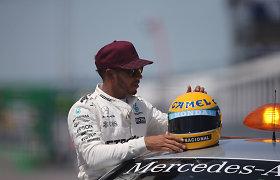 """Jaudinanti dovana: Lewisas Hamiltonas Kanadoje laimėjo daugiau nei """"pole"""" poziciją"""