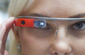 "Numarintam ""Google Glass"" projektui atsirado pulsas"