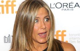 Užsienio žiniasklaidoje – kalbos apie įsivaikinti planuojančią Jennifer Aniston: ar verta jomis tikėti?