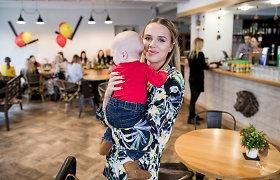 """Į šeimos restoraną J.Rudokė atvyko su sūnumi: """"Mano gyvenime dabar svarbiausi motiniški rūpesčiai"""""""