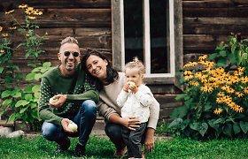 Linas Adomaitis su žmona susilaukė antro vaiko: gimė sūnus