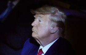 """D.Trumpas atsisakė """"The New York Times"""" ir """"The Washington Post"""" prenumeratos"""
