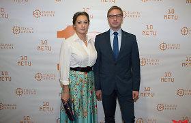 Šiaulių dramos teatro vadovas Aurimas Žvinys tapo tėvu: aktorė Eglė Stanišauskaitė pagimdė dukrą
