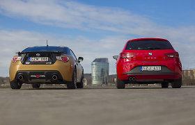 "Autoplius.lt slalomo automobiliai: ""Toyota GT86"" ir ""SEAT Leon FR"""