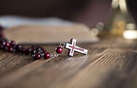 Teisėsauga išaiškino bjaurią kunigo iš Aukštaitijos paslaptį: dvasininko pomėgis – vaikų pornografija