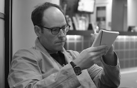 """""""MUBI"""" viceprezidentas ir sinefilas D.Kasmanas – apie kino kultūrą Niujorke, Joną Meką ir senąjį Holivudą"""
