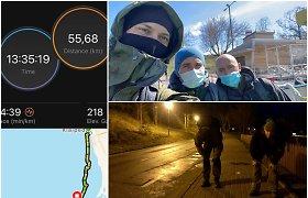 """Trijulė pasiryžo išbandymui: prieš žygį Kaukazo kalnuose – 50 km """"pasivaikščiojimas"""" Lietuvoje"""