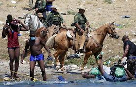Baltieji rūmai: JAV nebenaudos žirgų migrantų kontrolei pasienyje