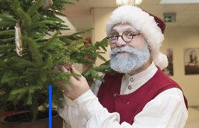 Karantinas keičia Senelio Kalėdos darbą: vaikus sveikins internetu, jei reikės, lįs į pripučiamą burbulą