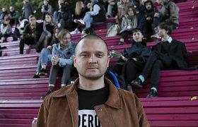 """Vilniaus knygų mugės """"Šortai"""": Mantas Tamošaitis kalbina Nojų Saulytį"""