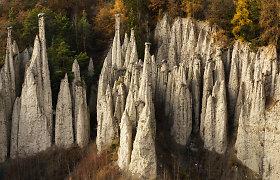 """Vienas keisčiausių reginių Europoje: kur galima surasti neįprastąsias """"žemės piramides""""?"""