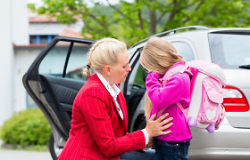 Koronavirusas keičia kasdienybę: tėvai gali vestis vaikus į darbą, privačios mokyklos atostogaus mažiau