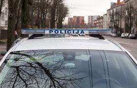 Prienų rajone į namus įsiveržė du plėšikai – šeimininkas sumuštas ir apiplėštas, tačiau užpuolikai nepasislėpė