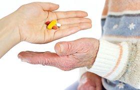Seimas spręs, ar kompensuoti visą vaistų kainą daliai žmonių virš 70 metų