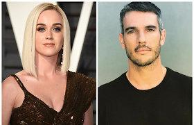 Katy Perry apkaltinta seksualiniu priekabiavimu: draugų akivaizdoje numovė modeliui kelnes