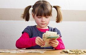 """Kaip ugdyti vaikų finansinį raštingumą: patarimai dėl kišenpinigių ir """"parduotuvinio zyzimo"""""""