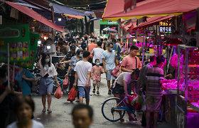 Kinijos pastangos didinti gimstamumą eina niekais – vyrai renkasi vazektomiją