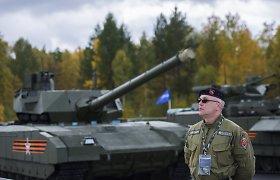 """Rusija sumažino apetitą: serijinių """"T-14 Armata"""" tankų turės gerokai mažiau"""