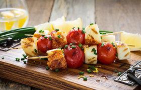Grilio patiekalų sezonas įsibėgėja: receptai kepantiems ne tik mėsą
