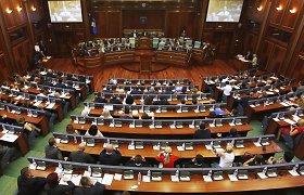 Kosovo parlamentas nubalsavo už pasiūlymą įkurti karo nusikaltimų teismą albanų partizanams