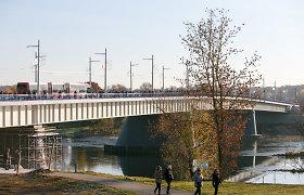 Kauno valdžia medaliais apdovanojo prisidėjusius prie Panemunės tilto statybos