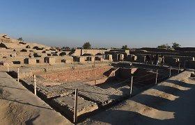 Mokslininkai ragina gelbėti senovinio Mohendžo Daro miesto griuvėsius