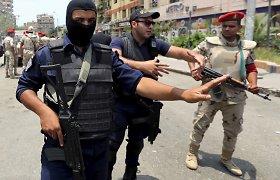 Politinių neramumų skaldomas Egiptas – sprogimai ir žiaurūs susidorojimai su oponentais