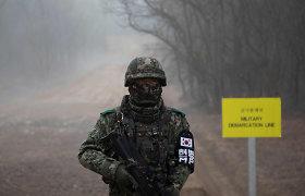 Šiaurės ir Pietų Korėjos pasienyje apsikeitė ugnimi