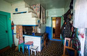 Šiauliuose įsilaužėliai iš namo išnešė televizorius, dujų balioną, krosnies dureles