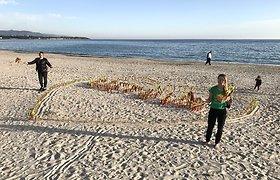 Vasario 16-osios proga lietuviai per pasaulį nubangavo trispalvių jūra