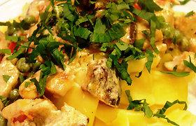 Mairūno receptai: makaronai su vištiena ir shiitake grybais (nuotraukos)