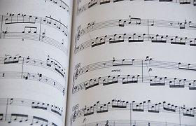 Balandžio klasikinės muzikos TOP: duoklė Paryžiui ir finalinis akordas Lisztui