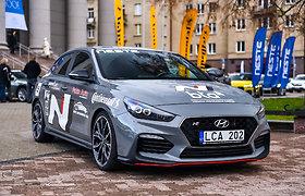 """Hyundai i30 Fastback N"", konkurso ""Tautos automobilis 2020"" dalyvis"