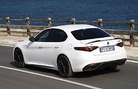 """Atnaujinti """"Alfa Romeo"""" modeliai """"Stelvio"""" ir """"Giulia"""""""