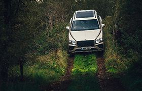 "Prabangus visureigis ""Bentley Bentayga V8"" sulaukė įvertinimo"