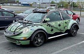 """Pats keisčiausias """"VW Beetle"""": """"tiuningui"""" panaudojo net """"Jeep"""" detales"""